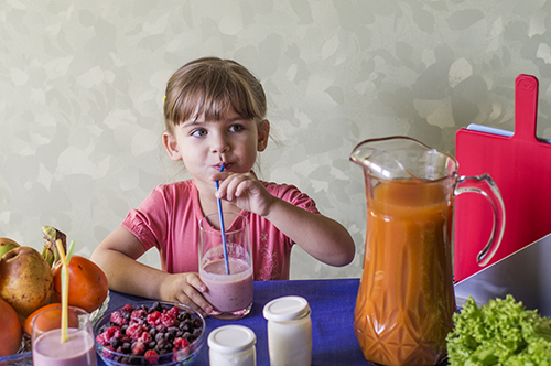 Дети и йогурты